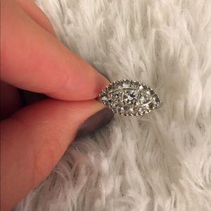 Jewelry - Hallmark 10k silver ring